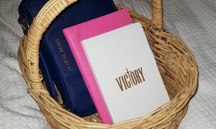 How to Create a Bible Study Basket
